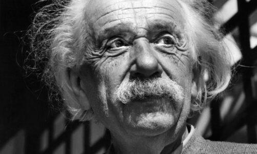 生命最後一個月的愛因斯坦